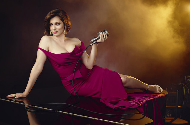 Crazy Ex-Girlfriend Rachel Bloom CW TV