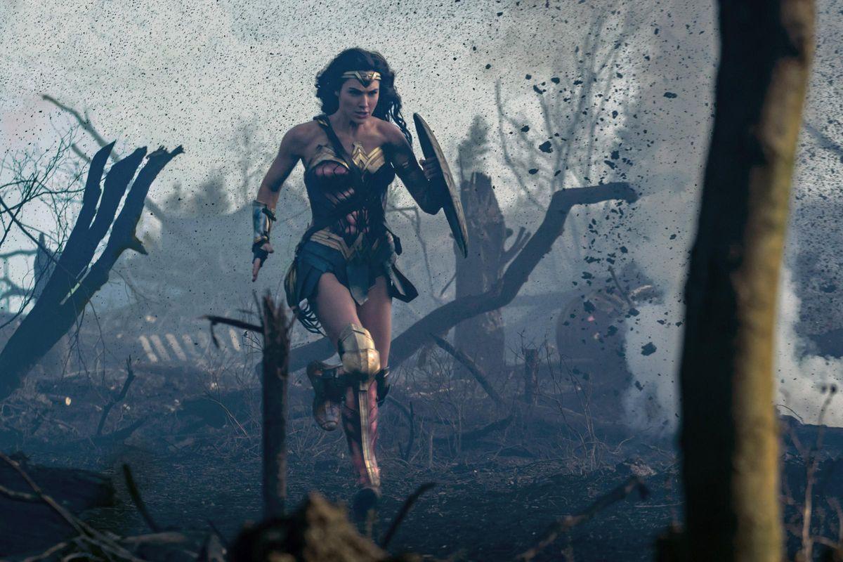 Wonder Woman crossing No Man's Land