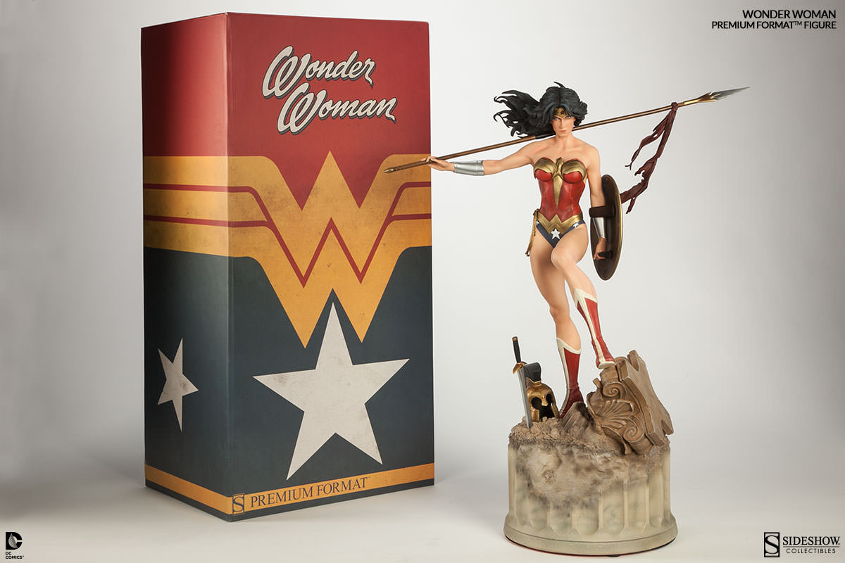 Wonder Woman statue from Sideshow Toys